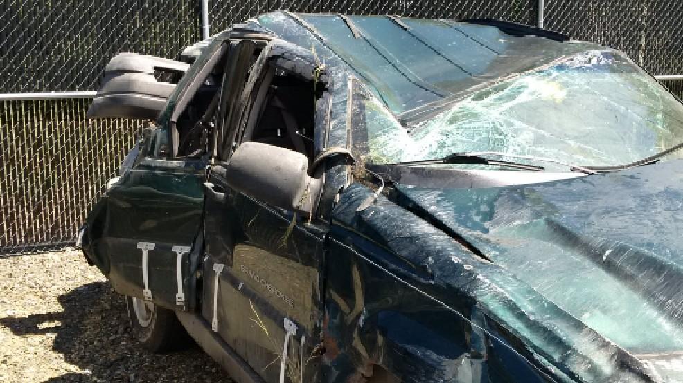 1 dead, 5 others injured in I-82 crash south of Ellensburg