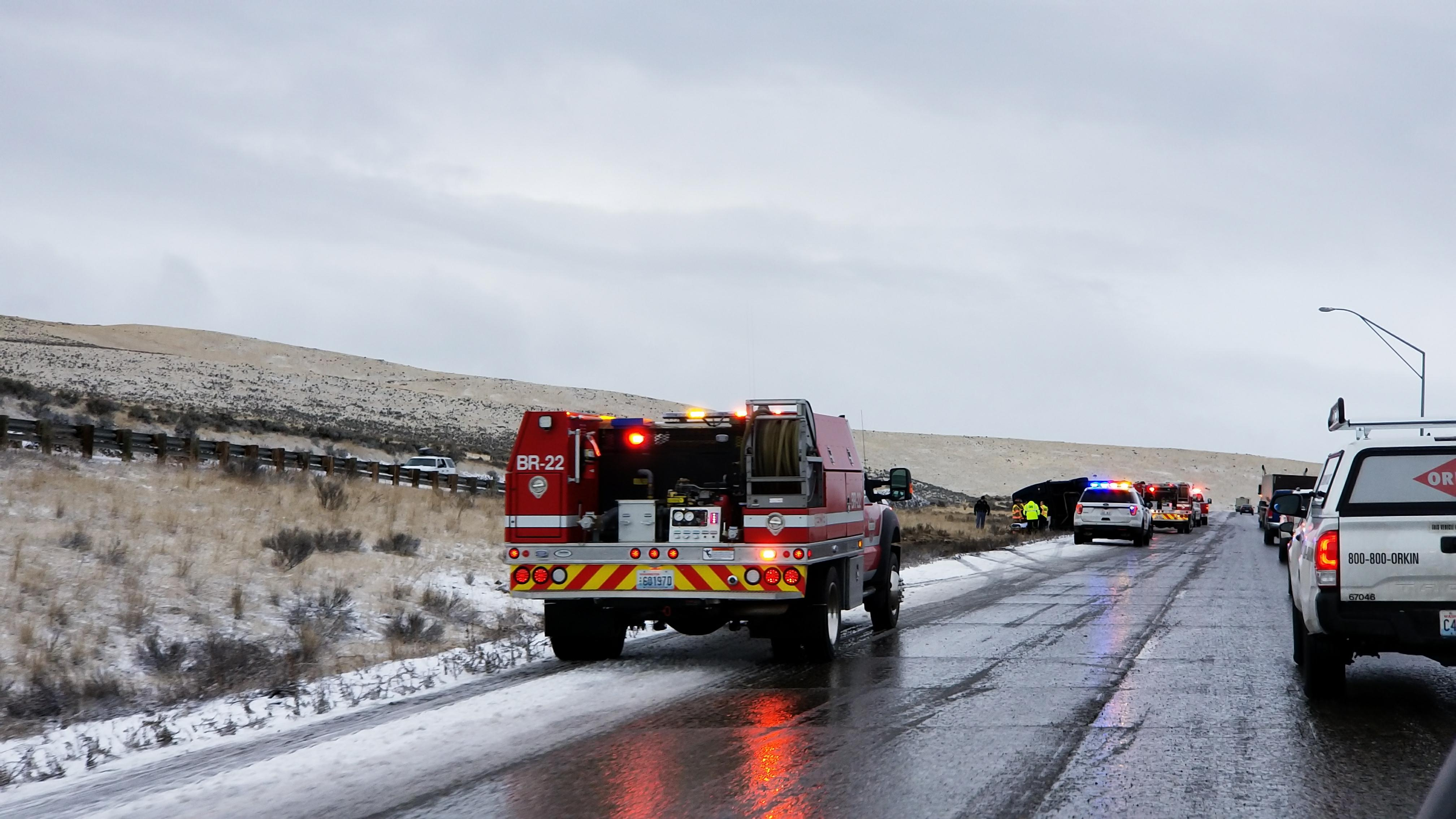 Bus driver hurt in rollover on I-82, Photo: William Longmire